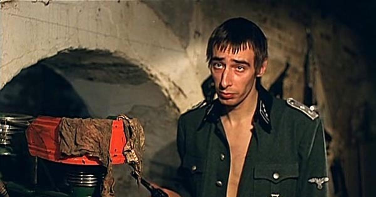 Киевлянин хранил в гараже 4 карабина, 3 ружья, 18 гранат и ящик патронов - Цензор.НЕТ 176