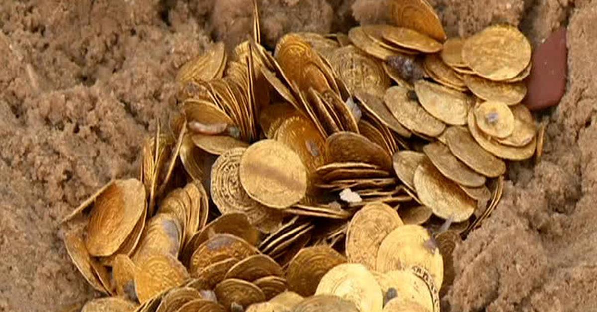 В москве во время работ найден древний клад (фото) - n-z.tv.